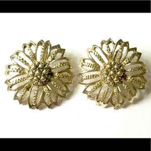 Sarah Coventry Gold Clip On Earrings Vintage